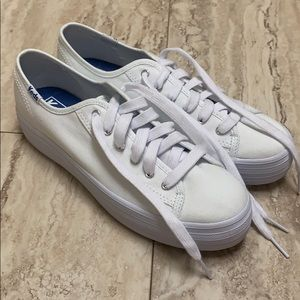 Keds sneakers never worn